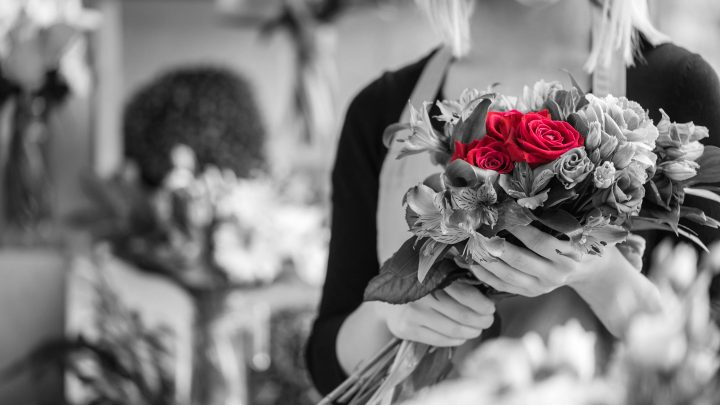 How to open a florist shop business: A comprehensive guide